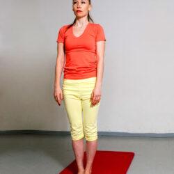 יוגה מעשית - המתנה בתור, תרגול יציבה